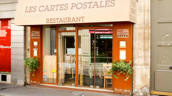 Les Cartes Postales, Paris