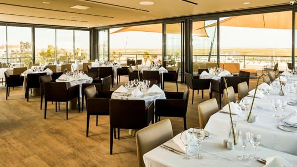 Restaurant interior - Ria Formosa Restaurante, Faro