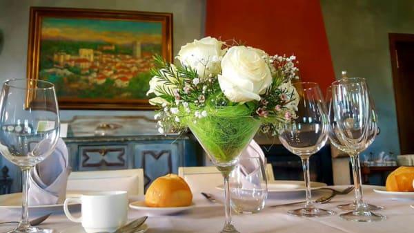 Detalle de la mesa - Restaurante Posada del Infante - Posada Real, Arenas De San Pedro