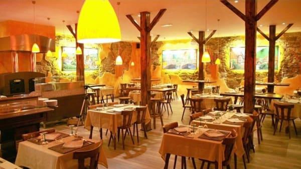 Vue de la salle - La Table Alsacienne, Farébersviller