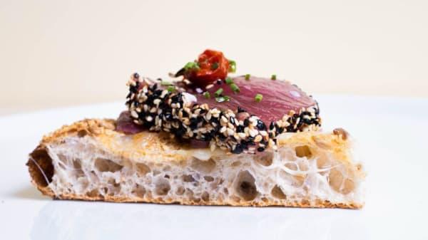 La nostra Contemporanea Tataki di tonno - Lo Spela, Greve In Chianti