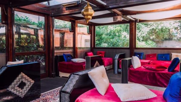 Oriental Lounge, Ferrara