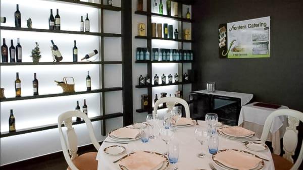 sala - Restaurante Frontera, Tobarra