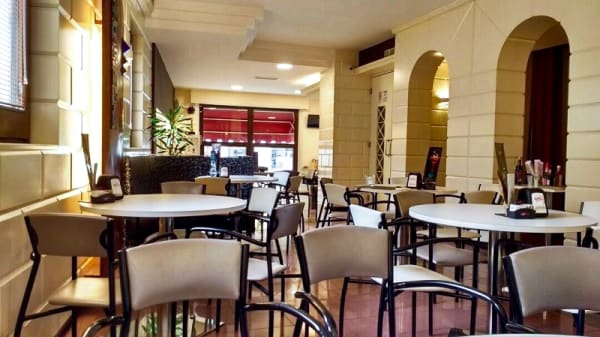 Vista de la sala - Caffè del Teatro, San Severino Marche