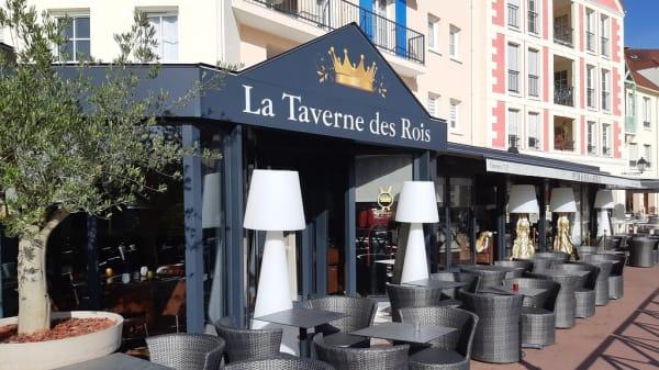 La Taverne des Rois, Cergy