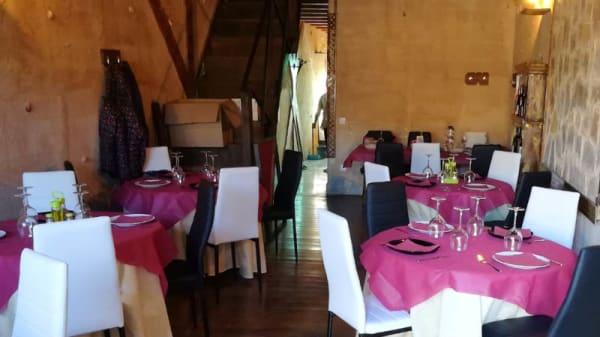 Vista sala - Venta Medievo, Santa Marta De Tera