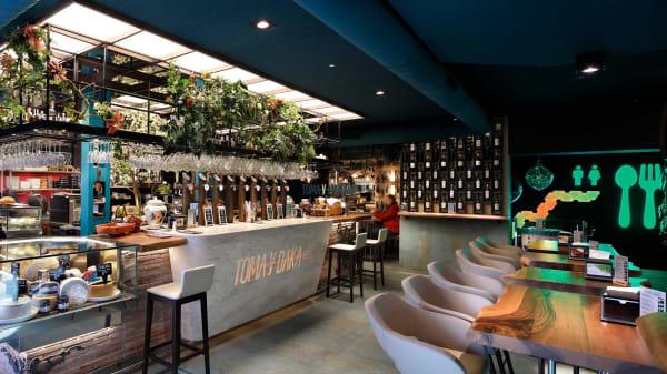 Nuestra barra y su selección de grifos - Toma y Daka, Bilbao