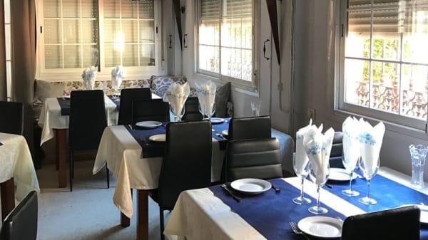 Sala del restaurante - Mo:Mo Restaurant & Bar ( Nepali Cuisine), Fuengirola