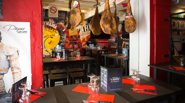 Salle du restaurant - La Bodeguita, Arles
