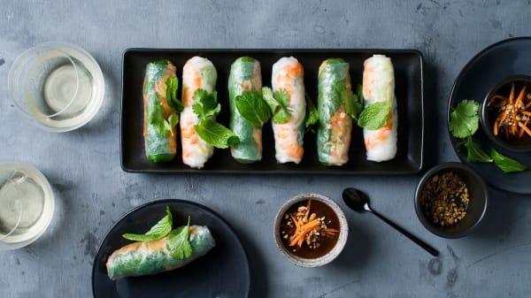Fresh summer rolls (Prawn, pork and vegetarian) - Phuong Restaurant, Crows Nest (NSW)