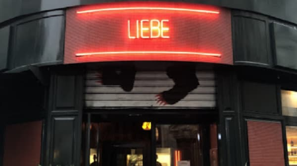 Liebe, Paris