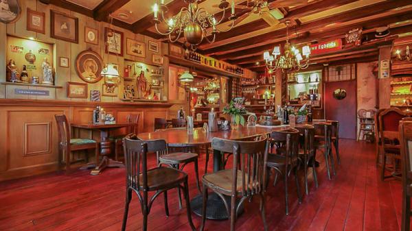 Het restaurant - Noflik Langwar, Langweer