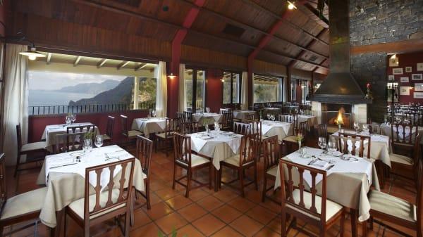 Interior  - Quinta do Furão, Santana