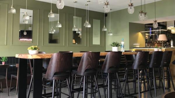 Salle du restaurant - Ile de Beauté, Calvi