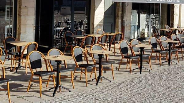 Terrasse - Café Du Centre, Bayonne