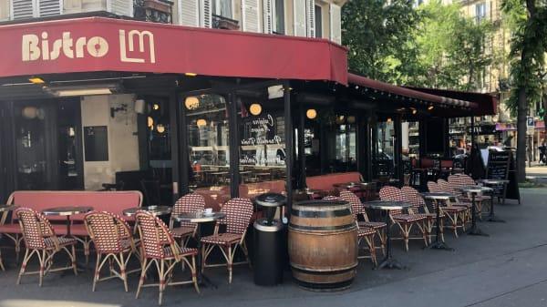 Le Magenta, Paris