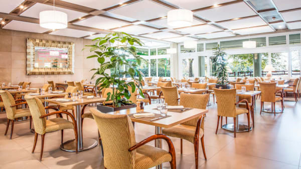 Salle du restaurant - Colladon Parc - restaurant bistronomique, Genève