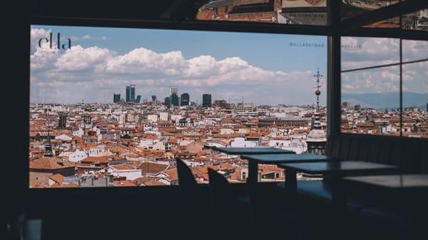 Vista de la sala - Ella Sky Bar Madrid, Madrid