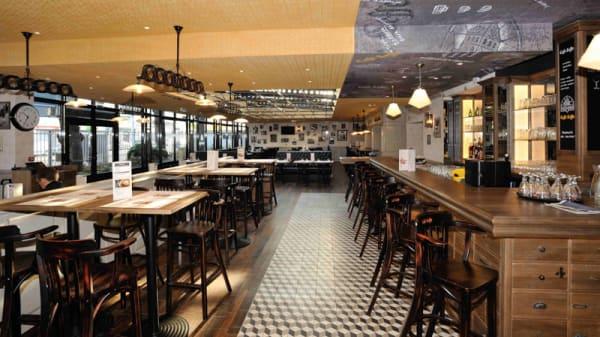 Salle du restaurant - Café Leffe, Tours