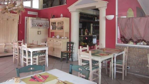 ambiente informale.JPG - Pizzeria dell'Amicizia, Cadoneghe