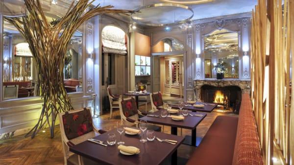 Salle du restaurant - La Table de l'Yeuse, Châteaubernard