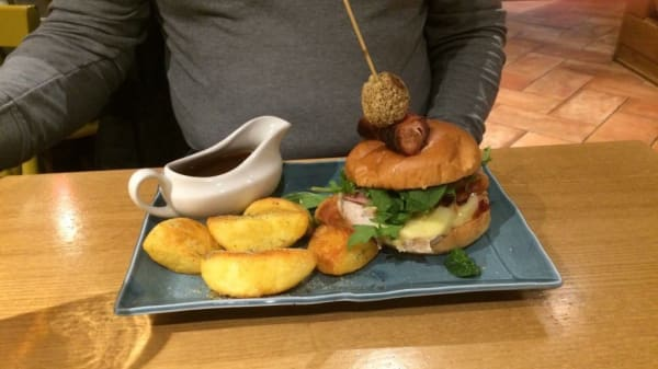 Food - Harvester - Two Rivers, Staines