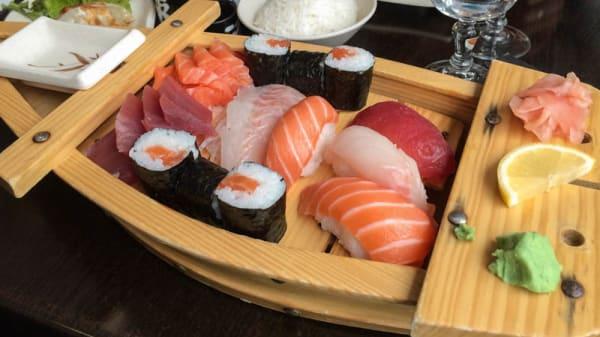 Sushi sashimi maki - Osaka, Paris