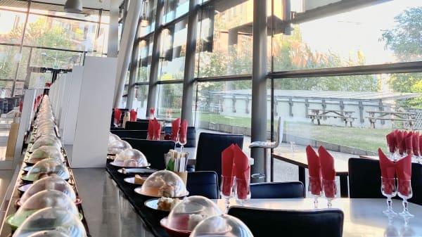 vue de la salle - Quick Sushi, Arcueil