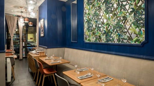 Vue du fond du restaurant - Les Tables d'Augustin, Paris