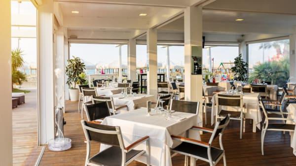 Restaurant - Lido Beach, Pescara