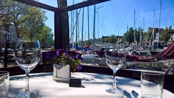 terras - Visrestaurant De Tjotter, Harlingen