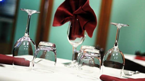 Particolare tavolo - La Taverna dei Sapori, Volla