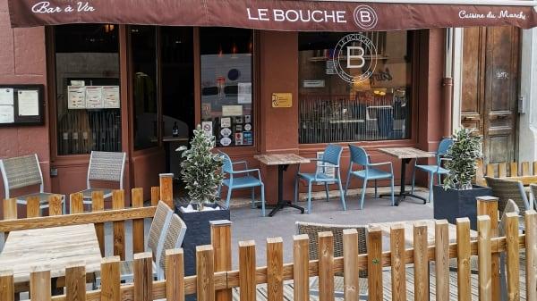 Le Bouche B, Lyon