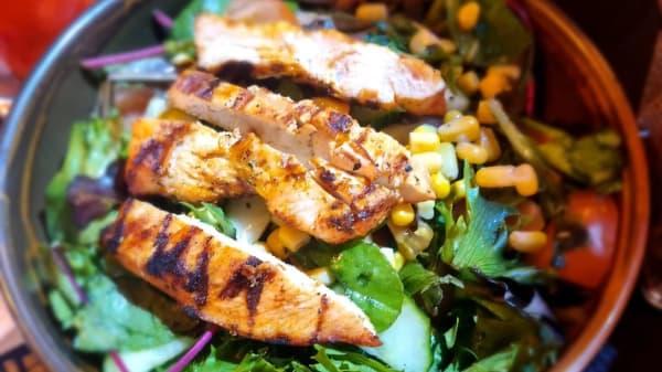 Mediterranean Salad - Smokin' Grill, Ilford