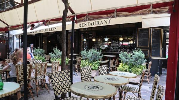 Bienvenue au restaurant Aux trois maillets - Aux Trois Maillets - Les Halles, Paris