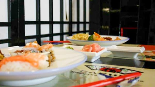 pratos - Sakura Oeiras, Oeiras