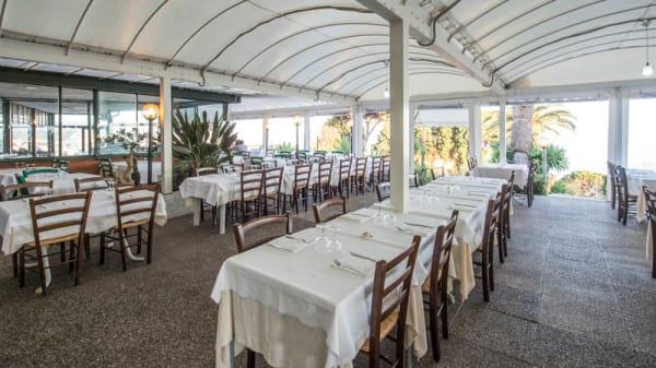 Salone ristorante - La Vetta, Genoa