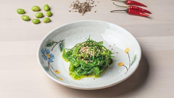 Aperitivo: alga ensalada - GuluGulu DimSum Udon, Castelldefels