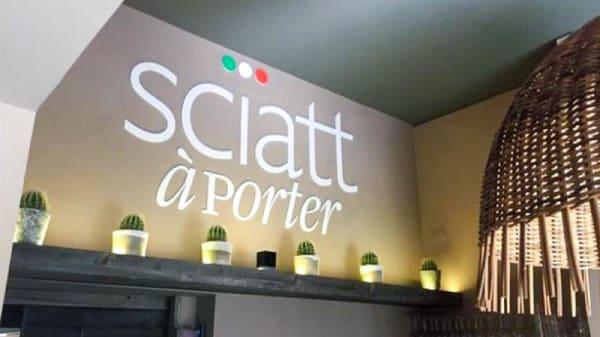 Veduta dell interno - Sciatt a Porter, Milano