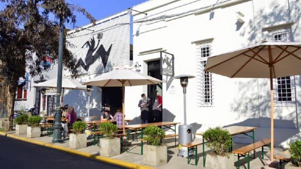 fachada - KrossBar (Bellavista), Santiago