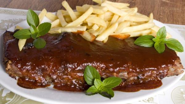 rw Costelita Barbecue com Batatas Fritas - Rumba Bar e Restaurante, Ribeirão Preto
