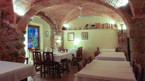 Vista de la sala - La Taverna del Bon Vi, Gerona