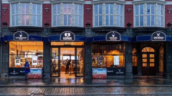 Entrance - Cafe Bergen, Bergen