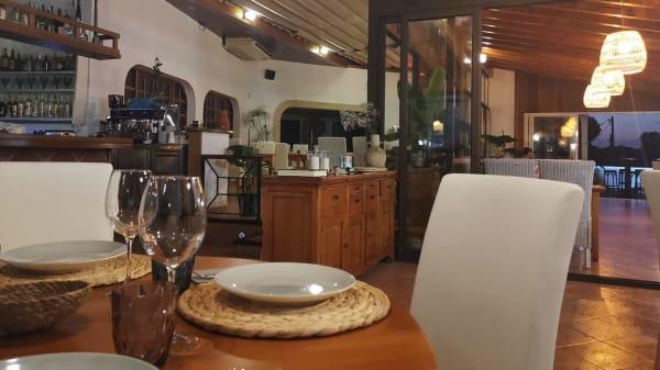 Voramar Restaurant & Lounge, Cala Santanyi