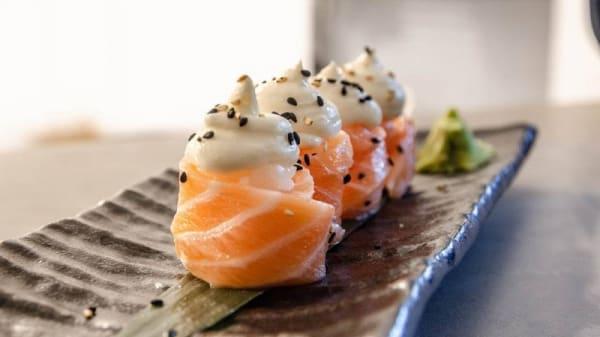 Sushi Giò Philadelphia - Sayuri Japanese Cult&Style