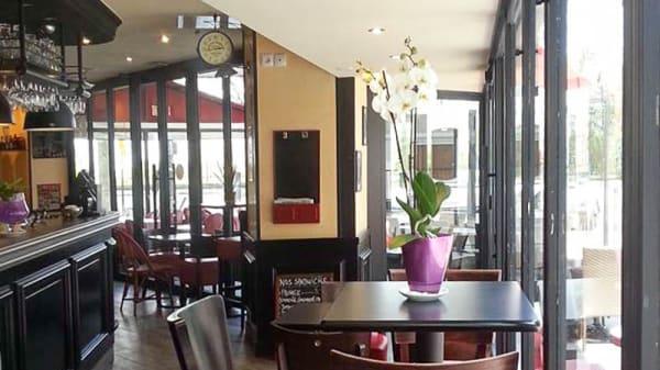 Salon du restaurant - L'Olympe, Paris