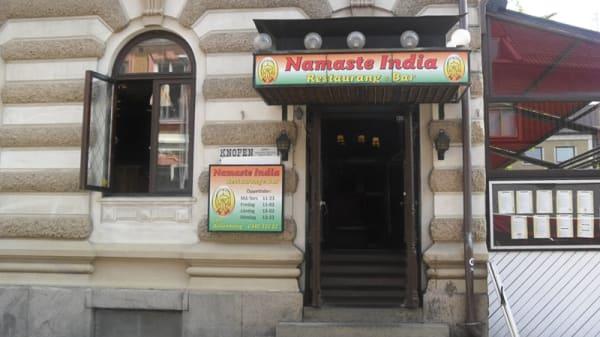 entre - Namaste India, Varberg