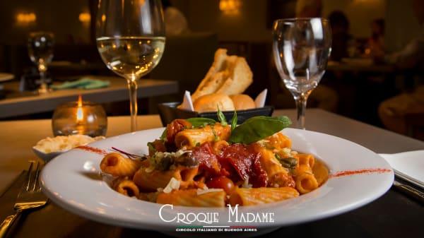 . - Croque Madame (Circulo Italiano), Buenos Aires