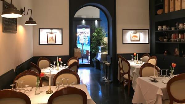 Sala - Taverna Agape, Rome