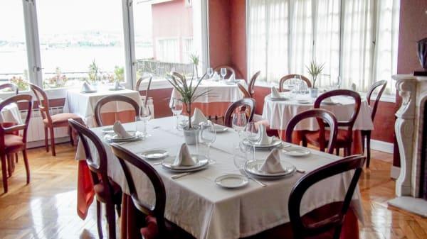 Detalle mesa - Currito, Santurtzi